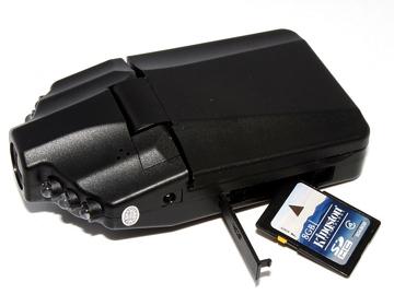 Автомобильный видеорегистратор dv HD DVR 027